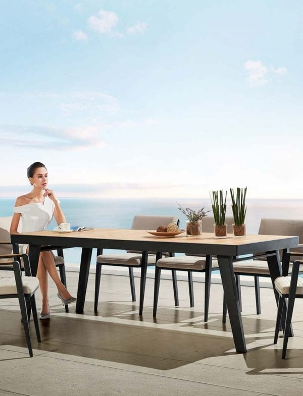 Emoti blagovaonski 2 Emoti, blagovaonski stol